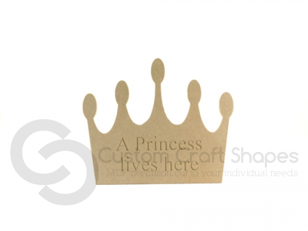 """Engraved Crown shape """"A princess lives here"""" (6mm)"""