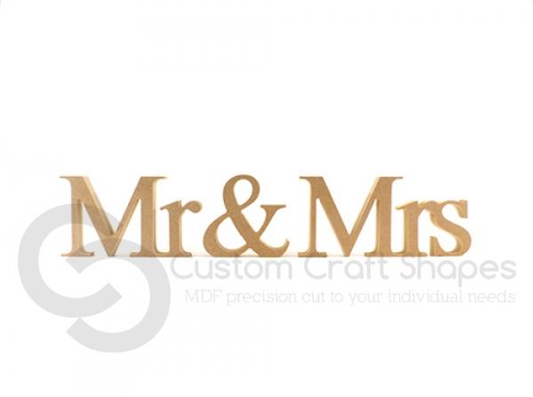 Freestanding Mr & Mrs, Times New Roman, 3 pieces (18mm)