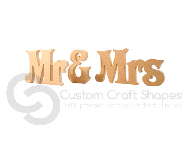 Freestanding Mr & Mrs, Victorian, 3 pieces (18mm)