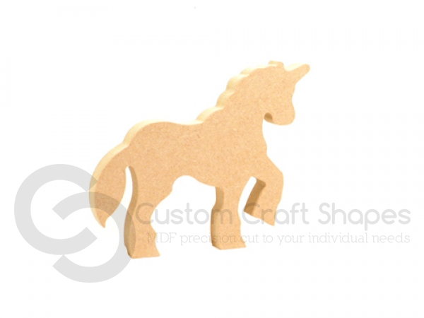 Freestanding Unicorn with Raised Leg (18mm)