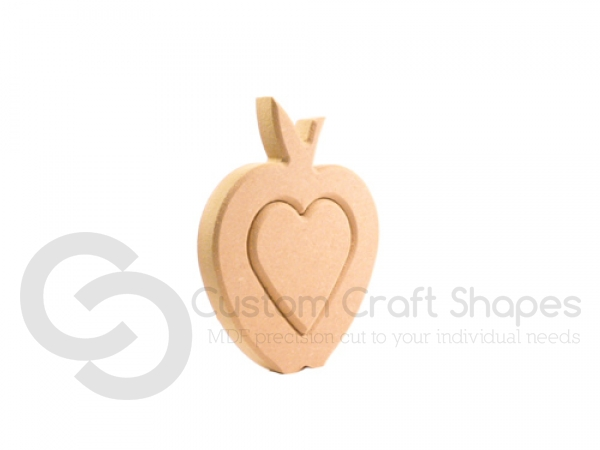 Interlocking Heart in an Apple - Centre (18mm)