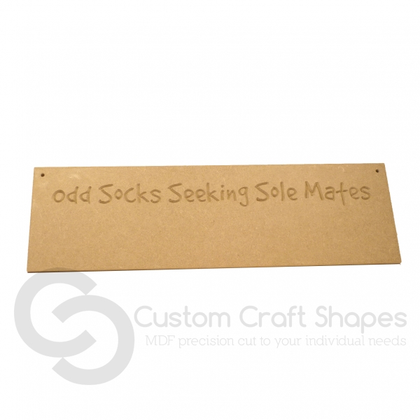 'Odd Socks Seeking Solemates' Hanging Plaque (6mm)