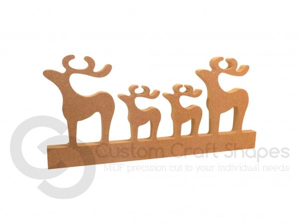 Plain Classic Reindeer on a Plinth (18mm)