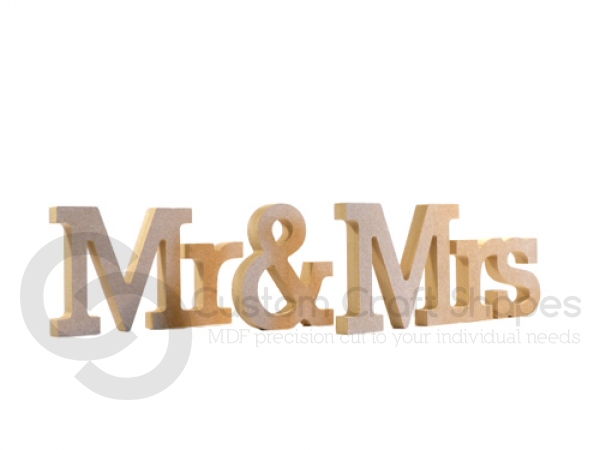 Rockwell Font, Mr & Mrs (3 pieces) (18mm)