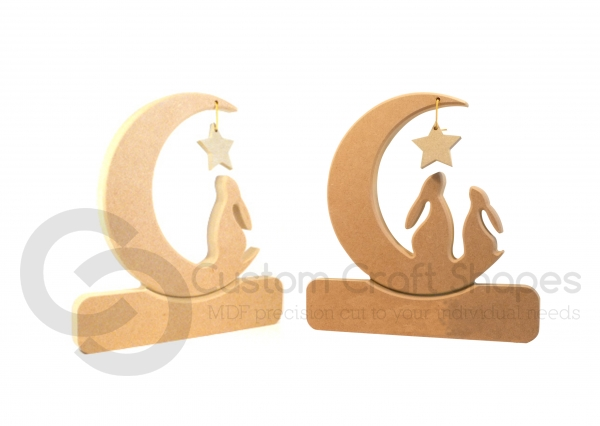 Single/Double Hare in a Moon, Plain (18mm)