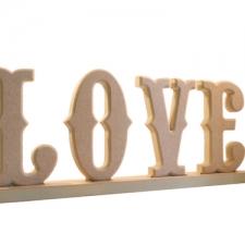 Circus Font, LOVE, with rounded edge and stand (18mm)