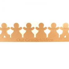 Engraved Gingerbread Family on Plinth (18mm)