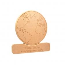 Engraved Globe on a plinth 18mm