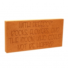 With freedom, books, flowers and the moon... (18mm)